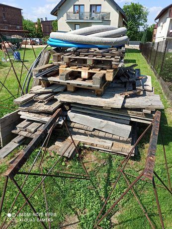 Drewno opałowe  pozostałości pobudowie