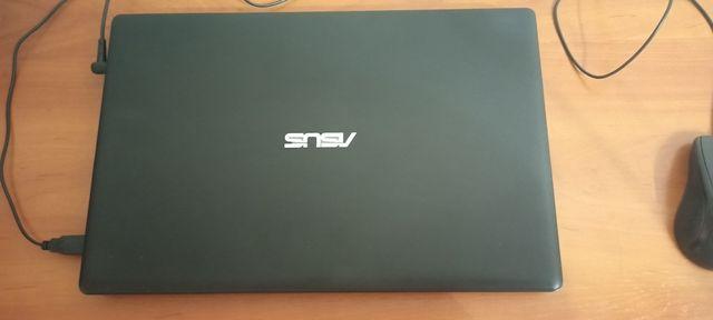 Ноутбук Asus в отличном состоянии