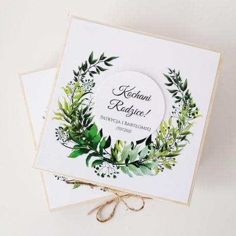 Drewniane zaproszenie na ślub dla rodziców z motywem leśnym