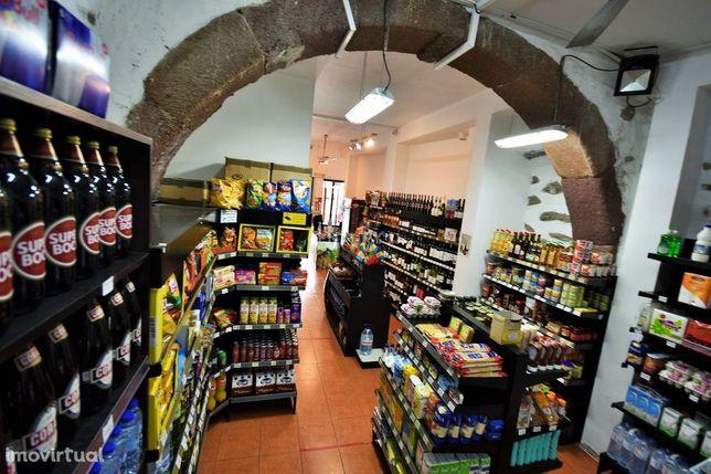 Trespasse de Supermercado Na Zona Velha