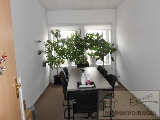 bardzo ladne biuro 42 m2,trzy pokoje,parter
