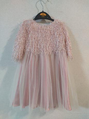 Нарядное платье на 3 годика