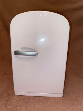 Мини холодильник на 6 литров в машину GT 06