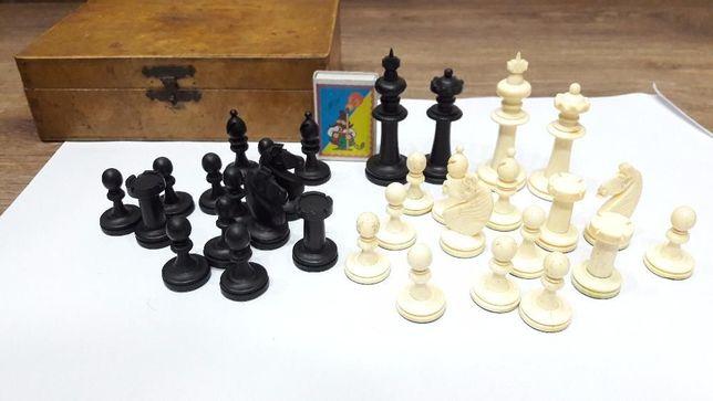Шахматы из слоновой кости, конец XVIII века