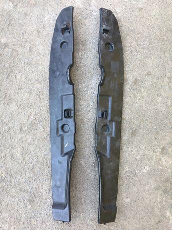 Уплотнитель защита крыла Volkswagen Jetta 11-18 USA оригинал б.у