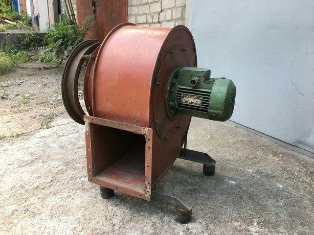 Продам центробежный вентиллятор №3