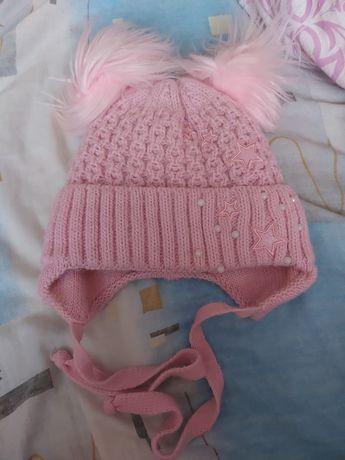 шапка  на девочку зимняя