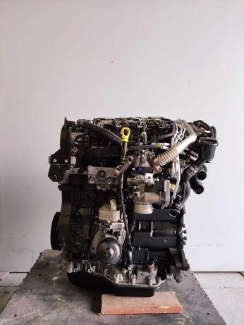Motor Peugeot 407 2.2 HDI Ref: 4HT / 2009