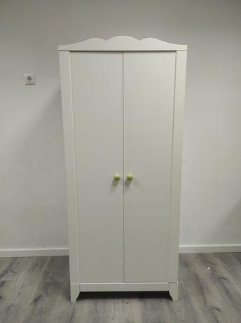 Roupeiro Branco IKEA - Gama: HENSVIK