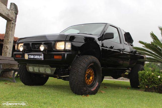 Nissan D 21 Pick-Up