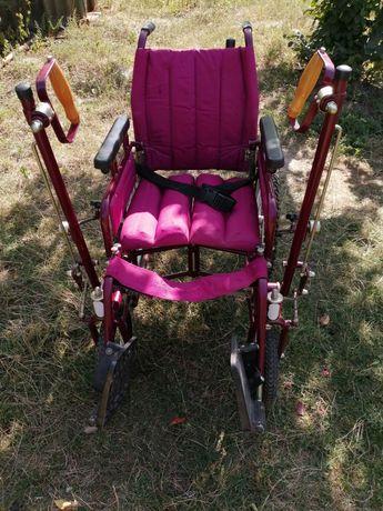 Дорожная инвалидная коляска