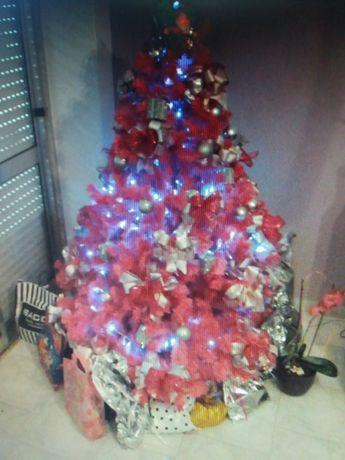 Árvore de natal cor de rosa