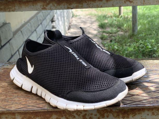 Кроссовки кросівки кеди Nike Free Run 3.0