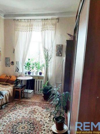 Продам 1 комнату в коммуне на Жуковского