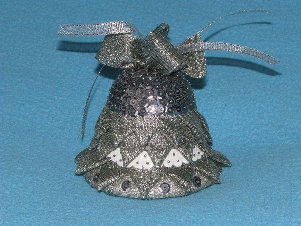 Dzwonek świąteczny ozdoba rękodzieło dzwoneczek bożonarodzeniowy