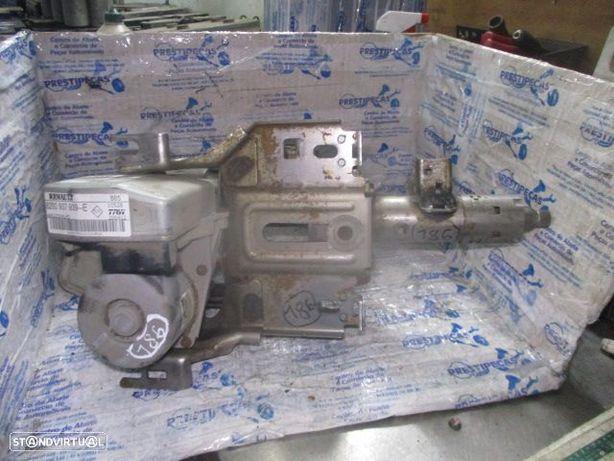 Coluna Direcao 8200937939E RENAULT / clio 3 fase 2 / 2012 /