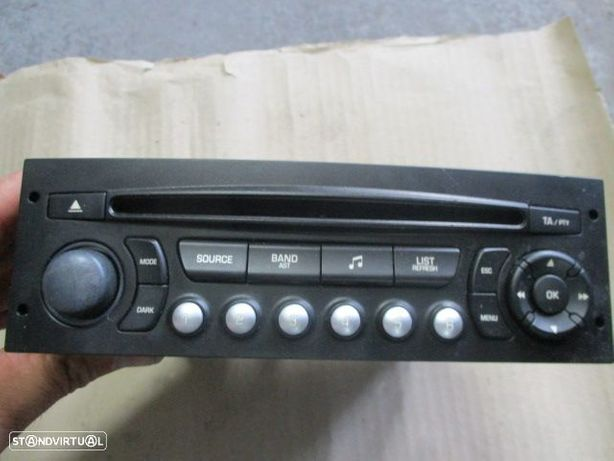 Radios 555 PEUGEOT 207 96643697XT PEUGEOT / 207 / 2006 / SIEMENS / PSARCD411-64 /