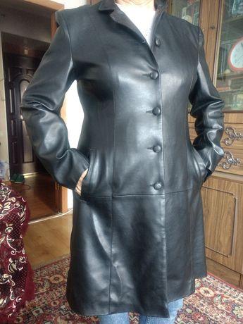 Продам пальто из кожзама