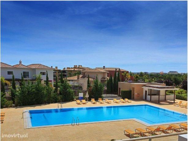 T3 em condomínio com piscina e jardins - Vilamoura
