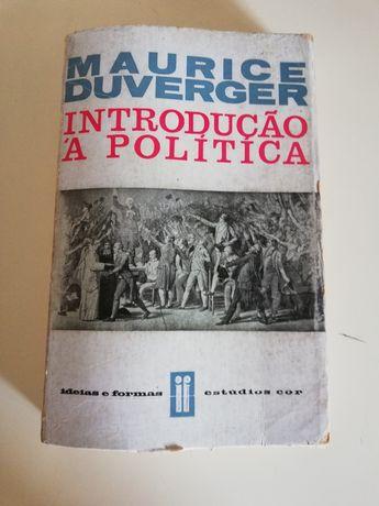 Introdução à Política