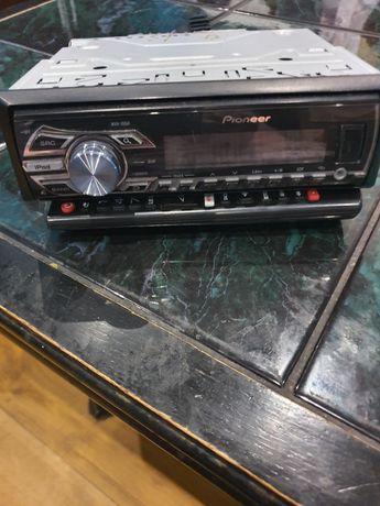 Sprzedam radio firmy PIONEER