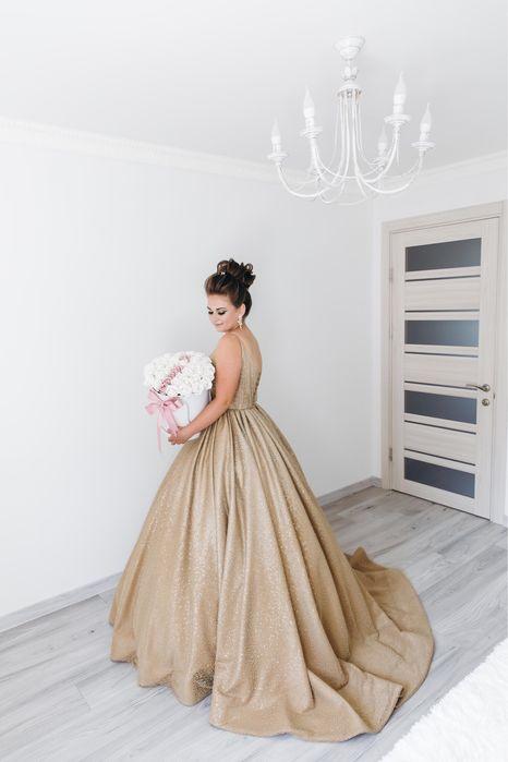 Продам випускну сукню Грушево - изображение 1