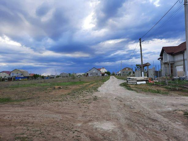 Продам угловой участок 10 соток в селе Красносёлка, Лиманский район