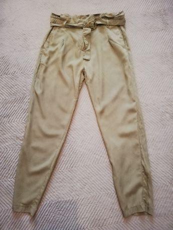 Nowe spodnie Mohito rozmiar 38