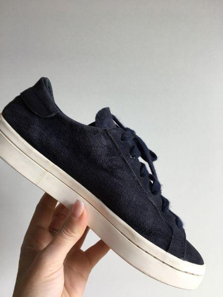 Кроссовки Adidas размер 36 1\2 Оригинал.