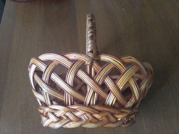 Корзина плетеная (небольшая)