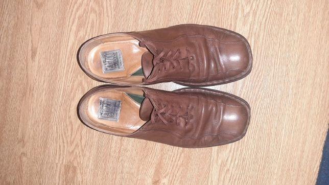 Продам мужские туфли Италия