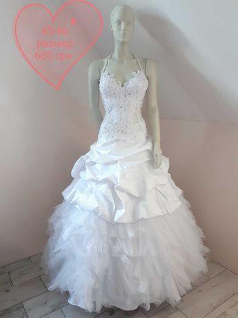 Продам свадебное платье 42 - 48 размеры