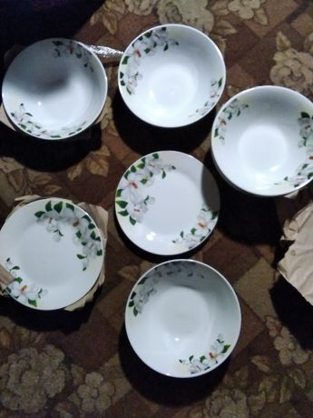 Новый шикарный набор посуды жасмин