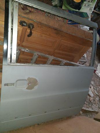 Дверь боковая левая Mercedes Vito 638