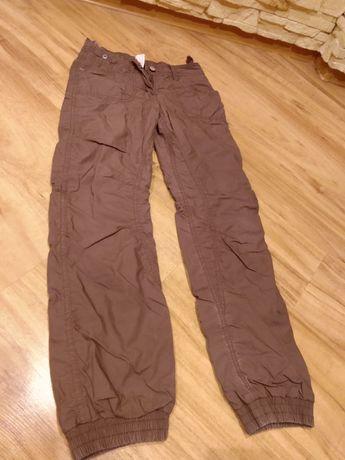 Sprzedam spodnie ocieplane, zimowe, narciarskie rozm. 146 cm