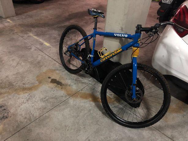Bicicleta cannondale(equipa volvo) edição limitada