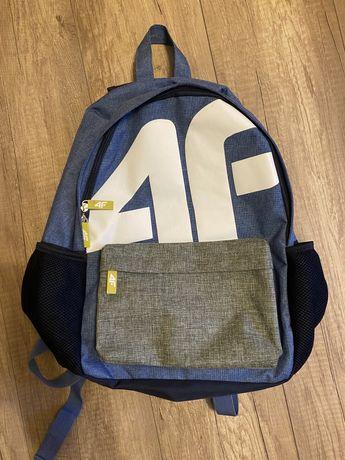 Plecak z firmy 4F
