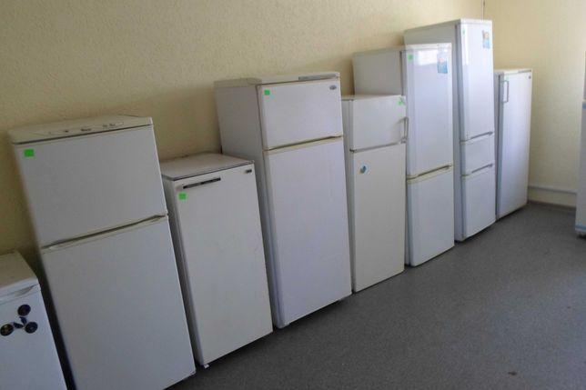 холодильники. от 1300гр. и так д. робочий. доставка по городу возможна