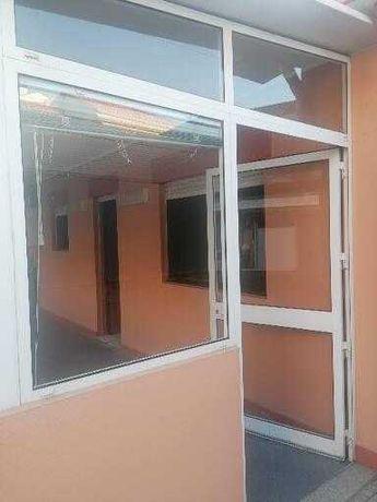 Vendo janelas e porta de alumínio conforme fotos