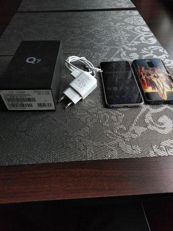 Telefon komórkowy LG Q7
