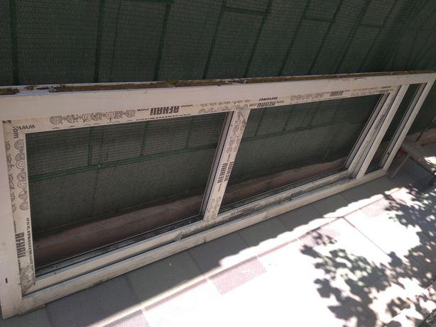 продам балконную дверь с новостроя