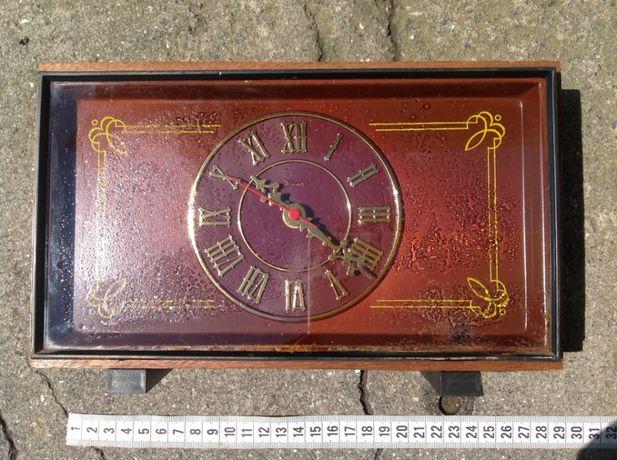 Антикварний годинник