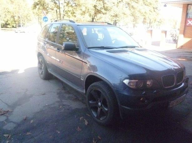 BMW X5 prignan z zexii