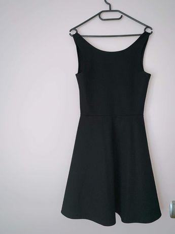 Czarna rozkloszowana sukienka na ramkach H&M