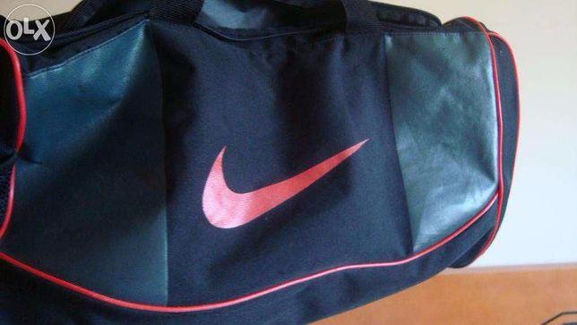 Saco desporto Nike Team Training NOVO