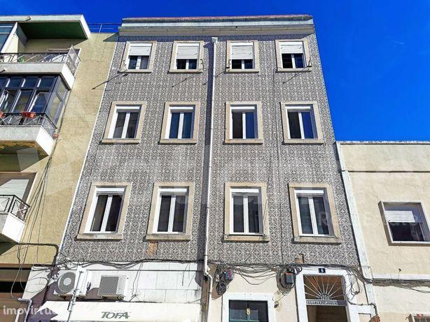 Apartamento T2 para remodelar