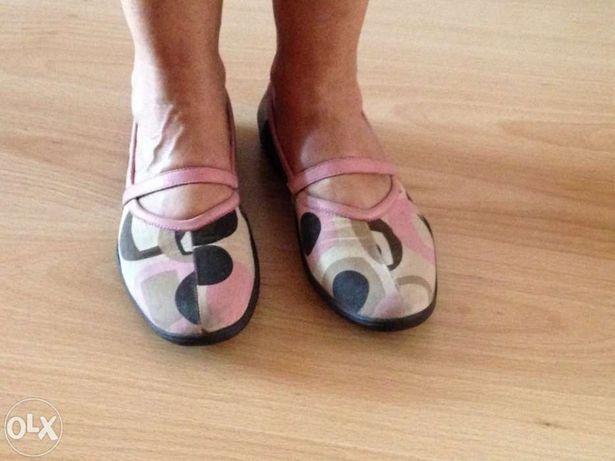Sapatos em lona Kickers rosa n. 38