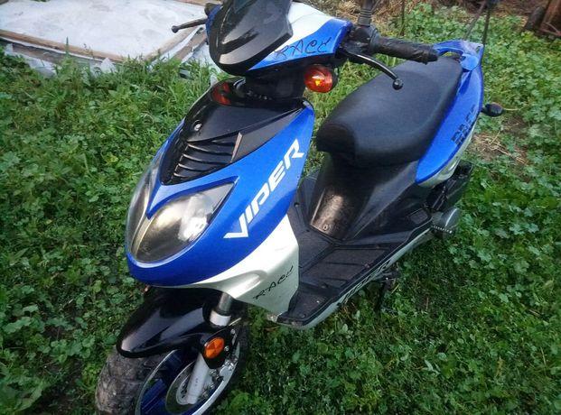 Продам скутер Viper Race 150 см3