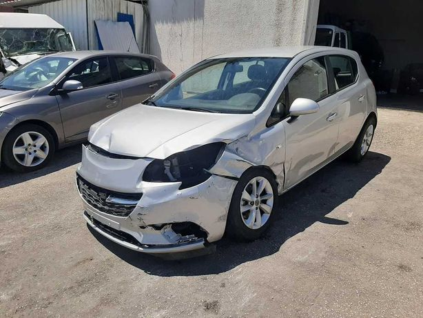 Opel Corsa 5 lugares a Diesel 2018 Nacional