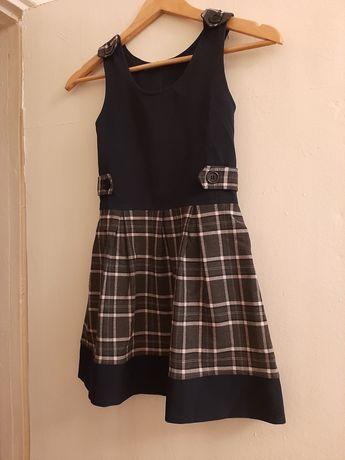 Школьная форма(сарафан и юбка)